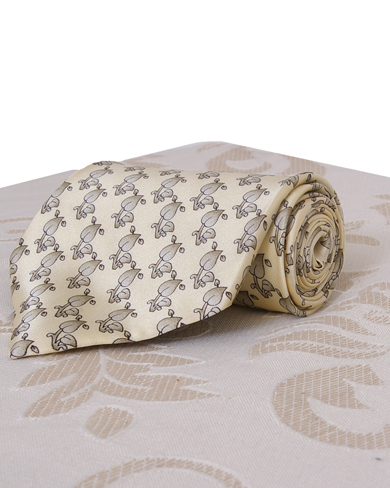 Cream Silk Tie with Leaf Design